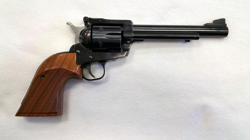 Ruger New Model Blackhawk 41 Magnum